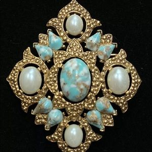 Vintage Sarah Coventry Remembrance Brooch/Pendant